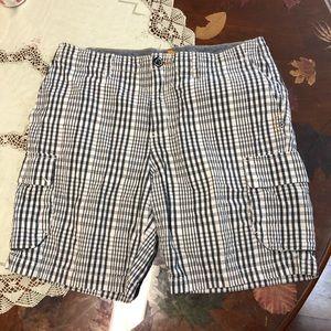 Tommy Bahama plaid cargo shorts